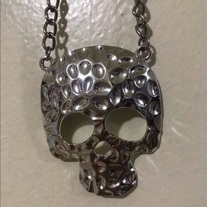 Skull Necklace NWOT
